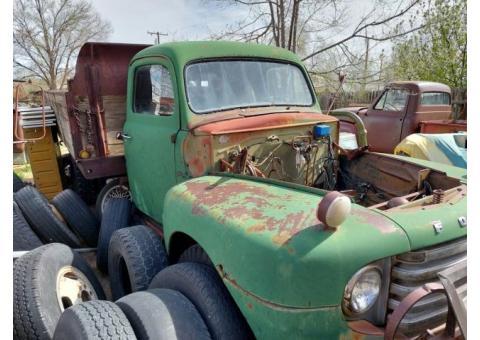 Ford F6 Farm Truck (1949) - $1500