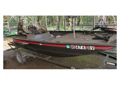 Aluminum Bass Boat